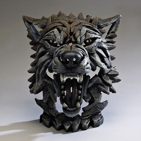 Edge Sculpture - Wolf